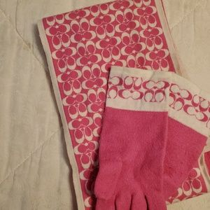Coach gloves and scarf